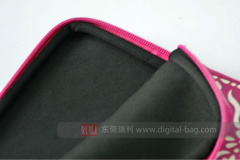 Fashion Pink color SBR with waterproof zipper laptop case