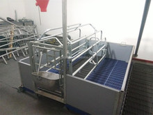 Pig cages for farrowing sow