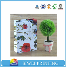 2015 Popular red rose little paper bag & paper shopping bag & white craft paper bag with hot stamping on sale