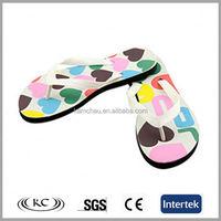 low price wholesale fashion flat cool girls wearing flip flops