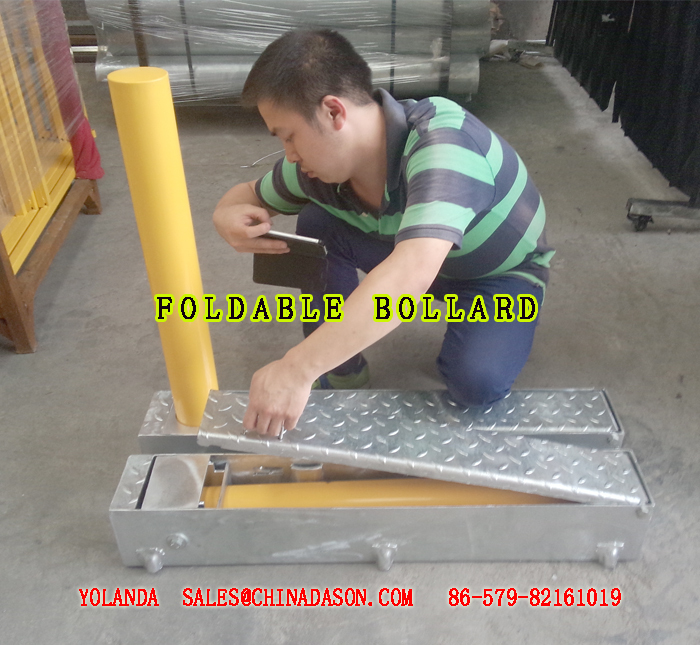 FOLDABLE Bollard-2.jpg