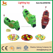 Popular pull wire mini moto candy toy with light/ high quality candy toy