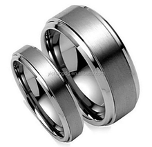 Free Laser Engraving His & Her's 8MM 6MM Brushed Center Step Edge Carbide Wedding Band Ring for Couples Set