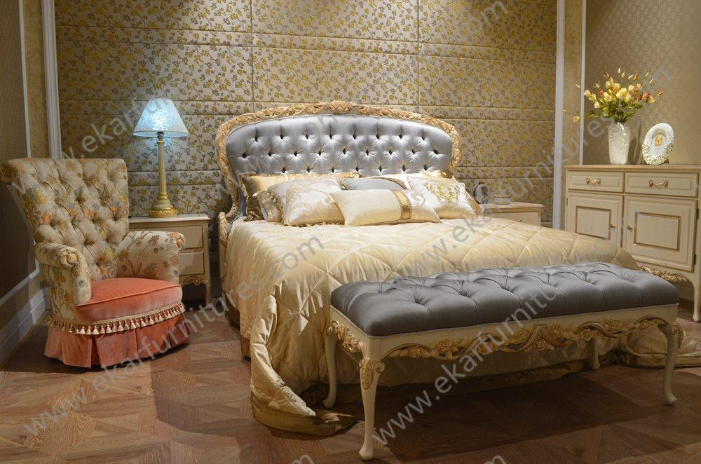 2015 New Design Dubai Furniture Classic Gold Hand Carved King Bed Buy Hand Carved King Bed