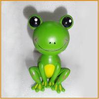 lovely resin frog for garden decoration polyresin frog figurines