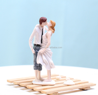 Beach Kissing Resin Couple Figures For Wedding Cake Toppers