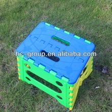 nueva silla plegable de diseño especial de plástico de color azul y verde en silla de los niños