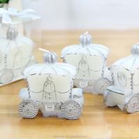 Hot sell carriage shape candle indian wedding giveaways
