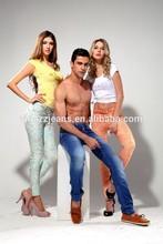Las mujeres 2015 97% de algodón pantalones vaqueros de mezclilla y colorido impreso pantalones elásticos