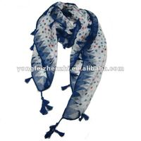 2012 promotion wholesale square dot scarf