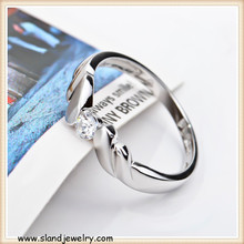 Delicate wing rings made of high quality sterling silver with diamonds