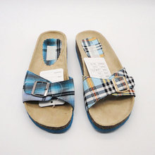 China Comfortable printing silk or satin material men slippers