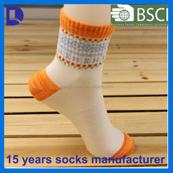 wholesale elastic cuff colored toe heel cheap women polyester crew socks