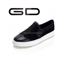 GD Large base of carve patterns or designs on woodwork lazy shoes flat horse hair for women's shoes loafers
