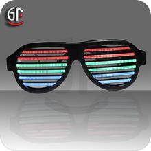 2015 nueva llegada fábrica Whosales Precio sonido activado LED Gafas de sol para el partido por la Noche