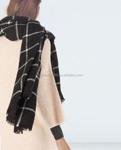 hot selling Tartan plaid acrylic knitted infinity scarf delivery within 3 working days