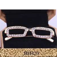 Fancylove Jewelry crystals brooch gold silver plating good quality unique design eyeglass holder brooch pins