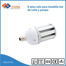 Retiran lámparas de Plaza Acuña