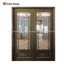 puerta interior de hierro forjado
