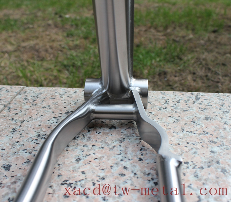 titanium road bike frame17.jpg