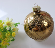 China factory direct hot sale decorative high borosilicate wholesale 100 glass ball decoration with aluminium cap