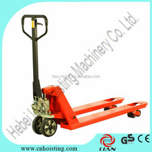 Hand operated pallet truck hydraulic lifter