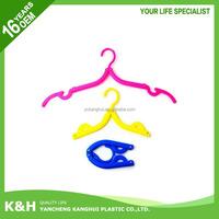 Wholesale cheap multifunctional plastic clothes hanger