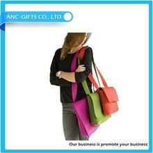 Pantone color match handmade wool felt shoulder wine bag