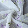 2015 roxo romântico padrão de flor bordado em tecido