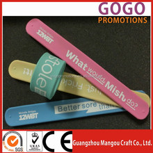 2015 cheap gifts slap band and christmas gifts slap band, promotion cheap brand logo custom silicone kids steel spring slap band