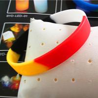 YX5002 Free Sample Design Silicone Fashion Bracelets Sports