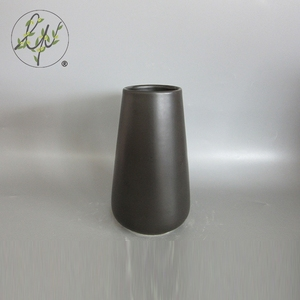 Tavolo Ornamento Nero Porcellana Smalto Opaco Vaso