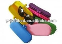 2012 Foldable Silicone Eyeglasses Display Case in Hot