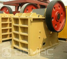 Road Construction Gravel Crusher Equipment With High Efficiency