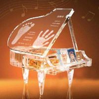 Hot sale high quality Baby Souvenir Gift laser Engraving Crystal Piano Model