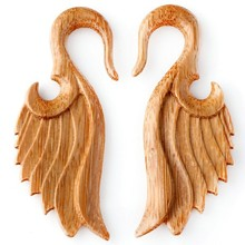 New Arrival !!! Flying Wing Plug Organic Bamboo Saddle Fit Plug High Quality