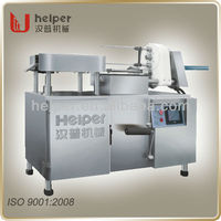 Making BBQ sausage using High speed sausage twisting machine TEL:8613833131958
