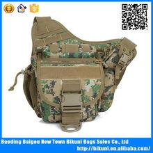 Hot selling canvas camouflage assault shoulder bag mens messenger bag
