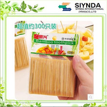 The natural environment of the hotel restaurant creative home bamboo toothpick