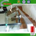 sólido de madera escalera
