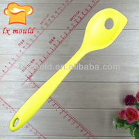 100% food grade silicone creative products. Silicone Colander