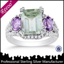 Coloridos anillos de diamantes para mujer