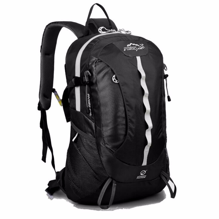 sports travelling backpack bag  (5).jpg