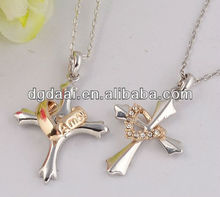 2013 Fashion cross pendant necklace for girl