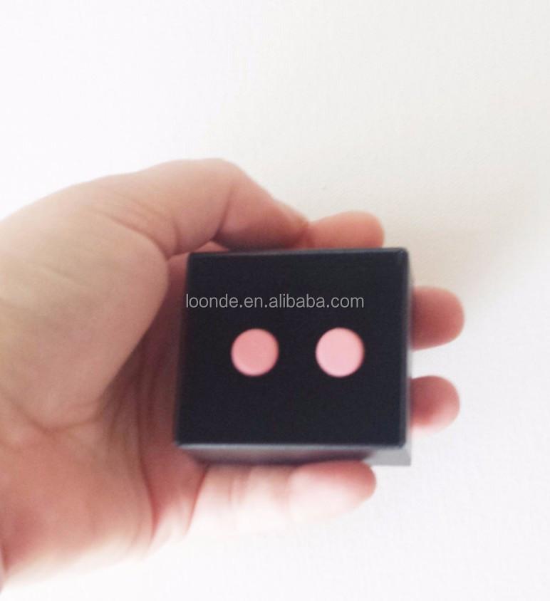 black earring box (1).jpg