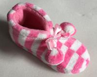 2015 latest stripe design kids indoor bootie slippers