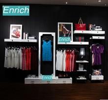 Style européen de mur d'affichage de vêtements côté boutique suspendus marchandises plateau