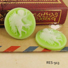 20mm Round Flat Back Resin Cameo With Angel