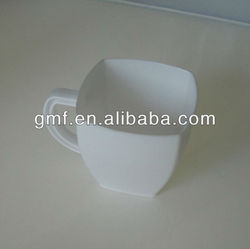 disposable plastic mugs and cups set