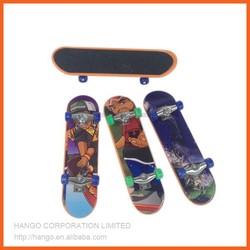 Cheap Mini Custom Plastic Finger Skateboard Toy